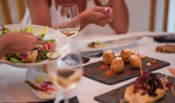 menu-de-cena-de-empresa-valencia-menus-de-empresa-baratos-menu-de-grupos-para-empresa-en-valencia-mejores-restuarantes-en-valencia1
